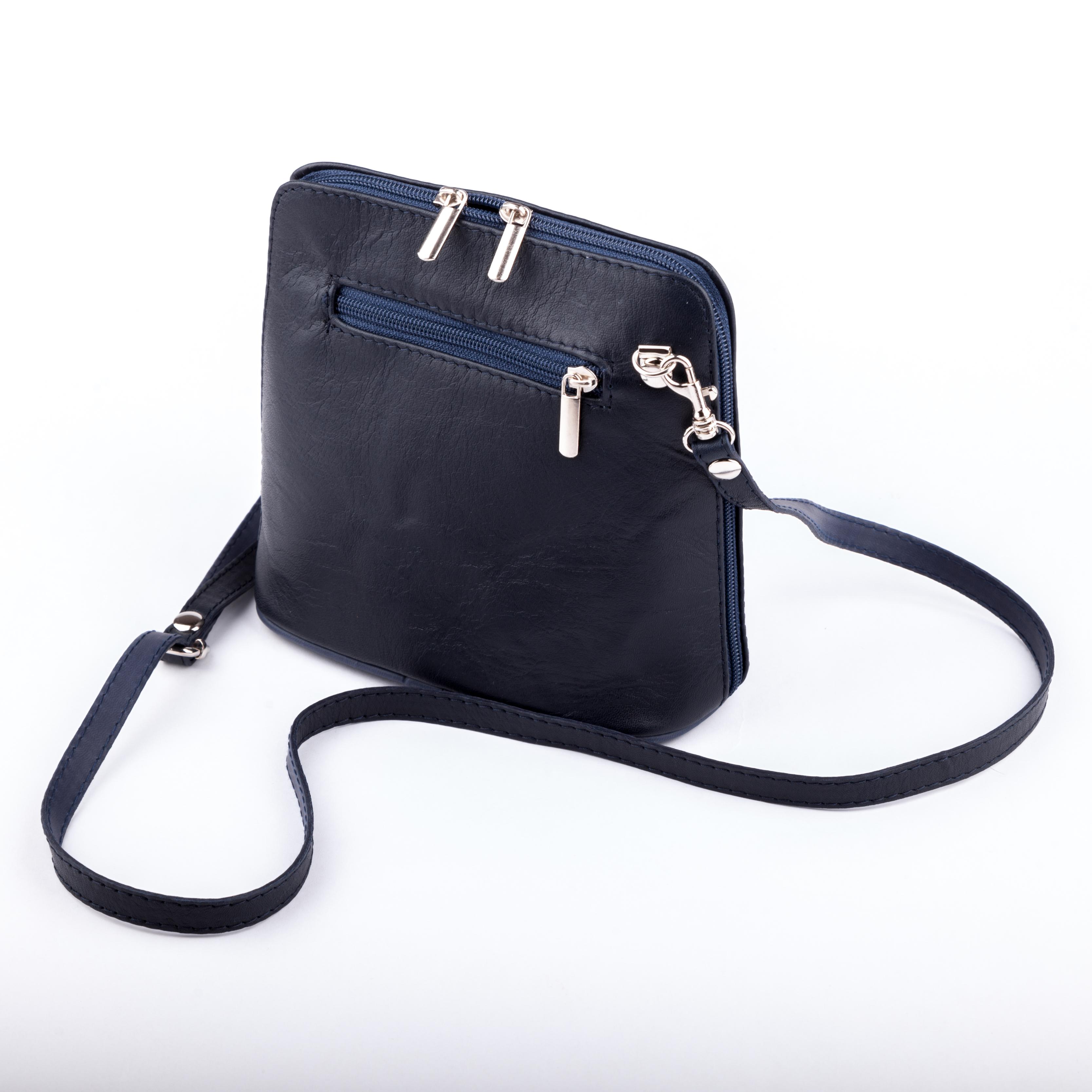 Černá kožená kabelka přes rameno 7100228